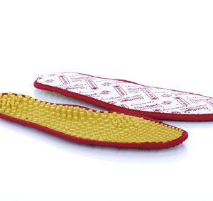 Con supporto arco plantare e piolini bassi, riduce l'affaticamento degli arti inferiori. Consigliato per la comodità di tutti i giorni.